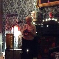 Noson Lawen 11.12.14: Jennie yn darllen cerdd Cymraeg